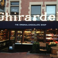 Photo taken at Ghirardelli Chocolate Marketplace by Connie D. on 8/16/2013