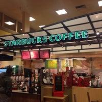 Photo taken at Starbucks by Meshi D. on 12/1/2013