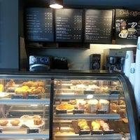 Photo taken at Starbucks by Yuan X. on 8/14/2013
