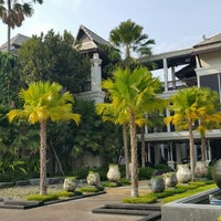 Photo taken at โรงแรมเฮือนนานา by MilK p. on 12/26/2015