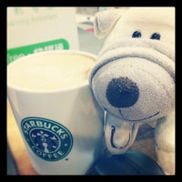 Photo taken at Starbucks by Lai C. on 1/22/2013