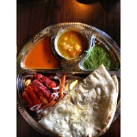 Photo taken at Sri Ananda Bahwan Restaurant by Hanson L. on 7/13/2013