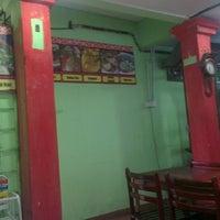 Photo taken at Kedai Makan Hijau by Zulazhan S. on 7/1/2013
