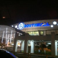 Photo taken at SM Southmall by Raymon C. on 11/24/2012