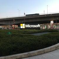 Foto tirada no(a) Microsoft France por Nuno D. em 4/19/2018