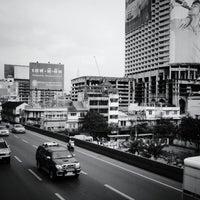 Photo taken at BTS Saphan Taksin (S6) by Kaptan J. on 11/15/2012