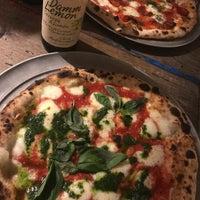 Das Foto wurde bei Parking Pizza von Natty am 10/3/2018 aufgenommen