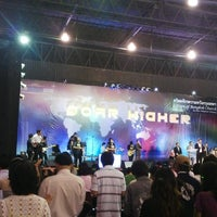 Photo taken at Hope Bangkok Church by ka-nOm-taRn t. on 3/31/2013