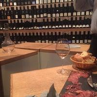 Photo prise au L'Ébéniste du Vin par laure le11/5/2015