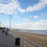 Das Foto wurde bei South Beach Boardwalk von Yulia A. am 11/2/2013 aufgenommen