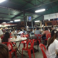 Photo taken at ร้านชัยโภชนา by Sakkasem S. on 12/16/2012