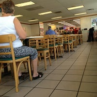Photo taken at Wendy's by Hector P. on 8/30/2013