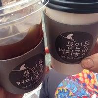 Photo taken at 통인동 커피공방 by owa on 9/12/2014
