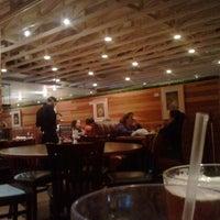 Das Foto wurde bei Hyde Park Bar & Grill South von Valeri T. am 12/31/2012 aufgenommen