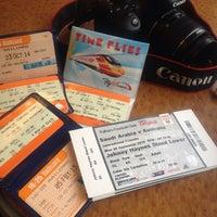 Photo taken at Manchester Piccadilly (MAN) to London Euston (EUS) Train by Nouf on 9/8/2014