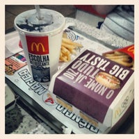Photo taken at McDonald's by Luiz Felipe A. on 10/14/2012