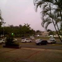 Photo taken at Edificio 8 by Josias G. on 5/10/2013