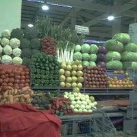 Photo taken at Mercado de Sauces 9 by Juan Pablo C. on 4/17/2013
