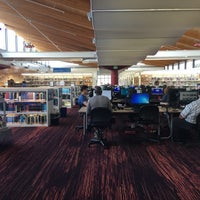 Photo taken at KCLS Bothell Library by Inna B. on 4/9/2016