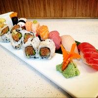 รูปภาพถ่ายที่ Pinto Thai Bistro & Sushi Bar โดย Inna B. เมื่อ 4/9/2013