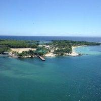 Photo taken at Roatan, Honduras by Mia 💛🌟 on 12/6/2013