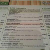 Снимок сделан в Carnaby Burger Co пользователем James S. 10/26/2012