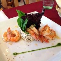 Photo taken at El Origen Cocina Fusion by Mir G. on 10/13/2013