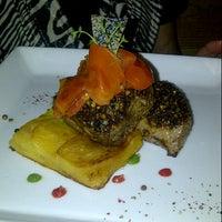 Photo taken at El Origen Cocina Fusion by Mir G. on 1/31/2013