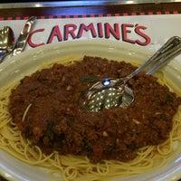 Photo taken at Carmine's Italian Restaurant by Warren K. on 10/22/2014