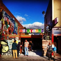 Photo Taken At Telegraph Bar And Beer Garden By Genie On 4/6/2013 ...