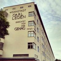 Das Foto wurde bei Wohnstadt Carl Legien von Ric M. am 7/7/2014 aufgenommen