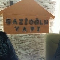 Photo taken at Gazioğlu Yapı Dekorasyon by Mustafa T. on 12/29/2014