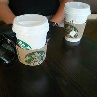 10/22/2013 tarihinde Burcu F.ziyaretçi tarafından Starbucks'de çekilen fotoğraf