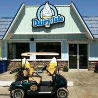 Photo taken at Dairy Isle by Bill B. on 8/23/2013