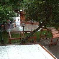 รูปภาพถ่ายที่ Maas Acısu Cafe โดย Eren K. เมื่อ 5/13/2013