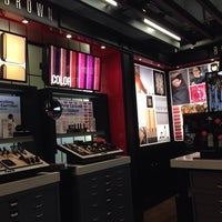 Photo taken at Bobbi Brown by Kotchakorn T. on 1/7/2014