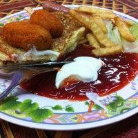 Photo taken at Roti Telur Goreng Kentang Gerai No.45 by Momo Zack on 5/14/2014