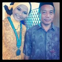 Photo taken at Gedung Kesenian & Olahraga Kabupaten Bogor by Iqha O. on 6/4/2013