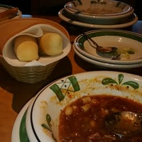 Photo taken at Olive Garden by Plush T. on 3/17/2014