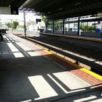 Photo taken at L1 Tren Ligero Estación Dermatológico by Salvador B. on 6/2/2014