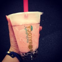 Photo taken at Boba Loca by Ceslynne E. on 5/14/2013