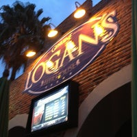 Foto tomada en Logan's Tavern Tecnológico por Bto M. el 6/14/2013