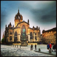 Foto tomada en St. Giles' Cathedral por Jason S. el 5/28/2013