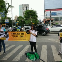Photo taken at Perempatan Palmerah Slipi by Nur K. on 1/5/2017