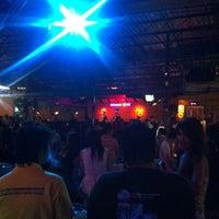 Photo taken at นั่งเล่นวันวาน พระราม 5 by Wiwat W. on 12/4/2014