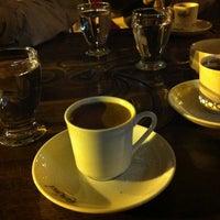 4/11/2013 tarihinde Ersin 🐝ziyaretçi tarafından Kahveci Hacıbaba'de çekilen fotoğraf
