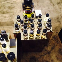 Photo taken at EDITIONS DE PARFUMS FREDERIC MALLE by airen c. on 6/28/2014