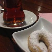 11/15/2013 tarihinde Alben P.ziyaretçi tarafından Karemel Lab Fırın Cafe'de çekilen fotoğraf
