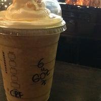 11/15/2017 tarihinde Yusuf A.ziyaretçi tarafından Starbucks'de çekilen fotoğraf