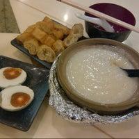 Photo taken at Kam Seng 金城 by Juliana on 10/9/2012